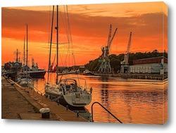 Постер Порт Лиепая на закате