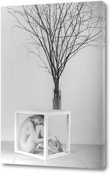 Постер девушка и дерево