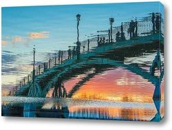 Постер Отражение пешеходного моста