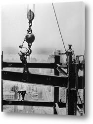 Премьера фильма Чарли Чаплина<Великий диктатор>1940г