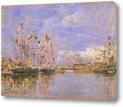 Довиль, Флагманские  корабли во внутренней гаван