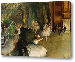 Танцовщицы за кулисами