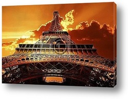 Eiffel tower on sunset