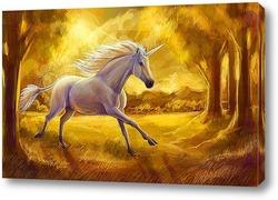 Единорог в золотом лесу
