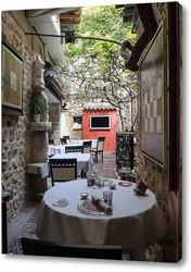 Уютный ресторанчик в Антибе