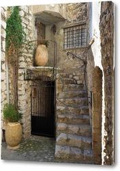 Дверь с лесенкой