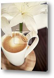 Чашка кофе с ванилью