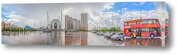"""Панорамный вид на площадь и мечеть """"Хазрет Султан"""" во время дождя. Казахстан, Астана"""