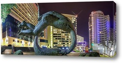 Постер Городская панорама Сочи - сквозь скульптуру