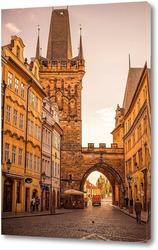 Обзор старой Праги со стороны Карлова моста