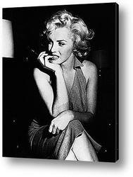 Мерелин Монро позирующая фотографам,1955г.