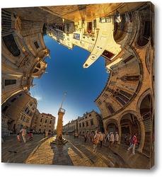 Греческие традиционные улицы в маленьком городке