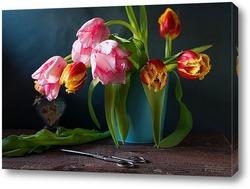 Постер Натюрморт с тюльпанами и ножницами