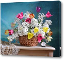 Картина Белая сирень и тюльпаны