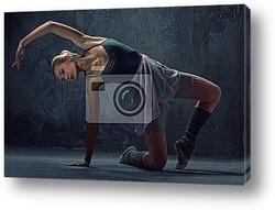 Close-up of a ballet dancer legs