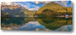 Абхазия. Озеро Рица вечером
