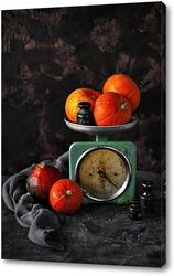 Постер Осенний натюрморт с тыквами и старинными весами