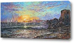 Восход солнца над холодным морем