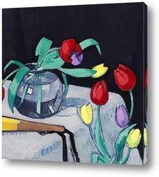 Постер Натюрморт с тюльпанами на чёрном фоне