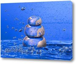 Постер Пирамида из воды в воде