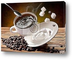 Чашка кофе и блюдце на деревянном столе.