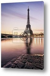 Paris Tour Eiffel skyline