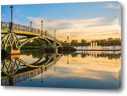 Постер Мост в Царицыно на закате дня