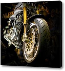 Мотоцикл на закате.