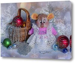 Новогодняя композиция с крыской Лариской и елочками игрушками