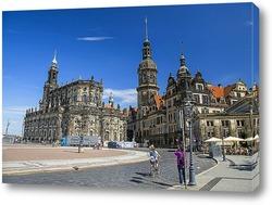Постер Собор и Дрезденский замок. Вид со стороны Дрезденской картинной галереи.