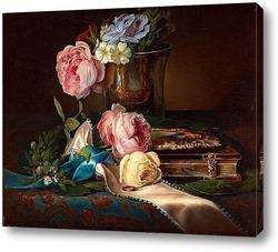 тюрморт с розами, обручальноым кольцом и серебряный кубо