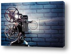 Постер      Старый кинопроектор