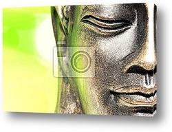 Будда в лучах заходящего солнца