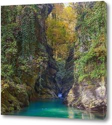 Постер Река в каньоне Царские ворота. Окрестность Сочи