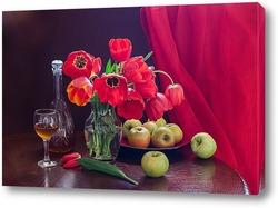 Постер Красные тюльпаны и зелёные яблоки