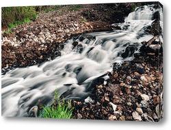 Постер Водопад в скалистой местности