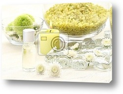 bowl of pure water and candles - beauty treatment