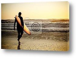Постер Surfer walking