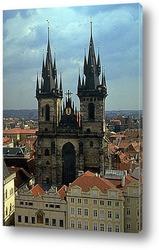 Высокие готические шпили Собора Святого Вита (фрагмент)