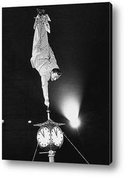 Мерлин Монро посылающая воздушный поцелуй,1956.