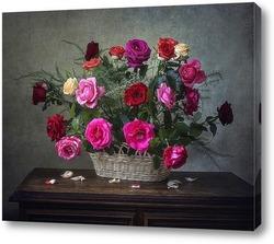 Корзина садовых роз