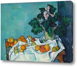 Натюрморт с яблоками и горшком с примулой