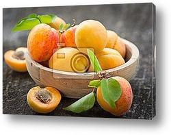 Постер Свежие натуральные абрикосы