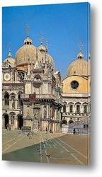 Внутренний двор Дворца Вождя Венеции (1883)