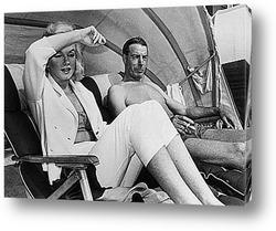 Монро и Димаджио отдыхают на побережье Флориды,1961г.