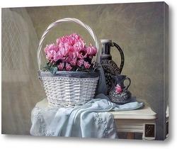 Картина Натюрморт с цикламенами