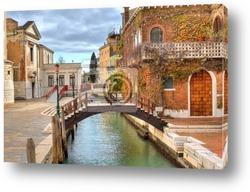 Typical glimpse in Venice