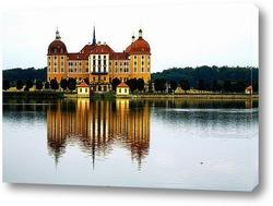 Исторический квартал Шноорвиртель на закате в Бремене, Германия