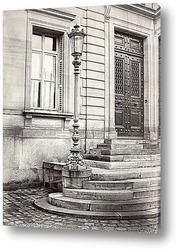 Старыt nеррасные дома, на мощеной улице,