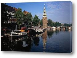 Велосипед на Амстердамском канале.